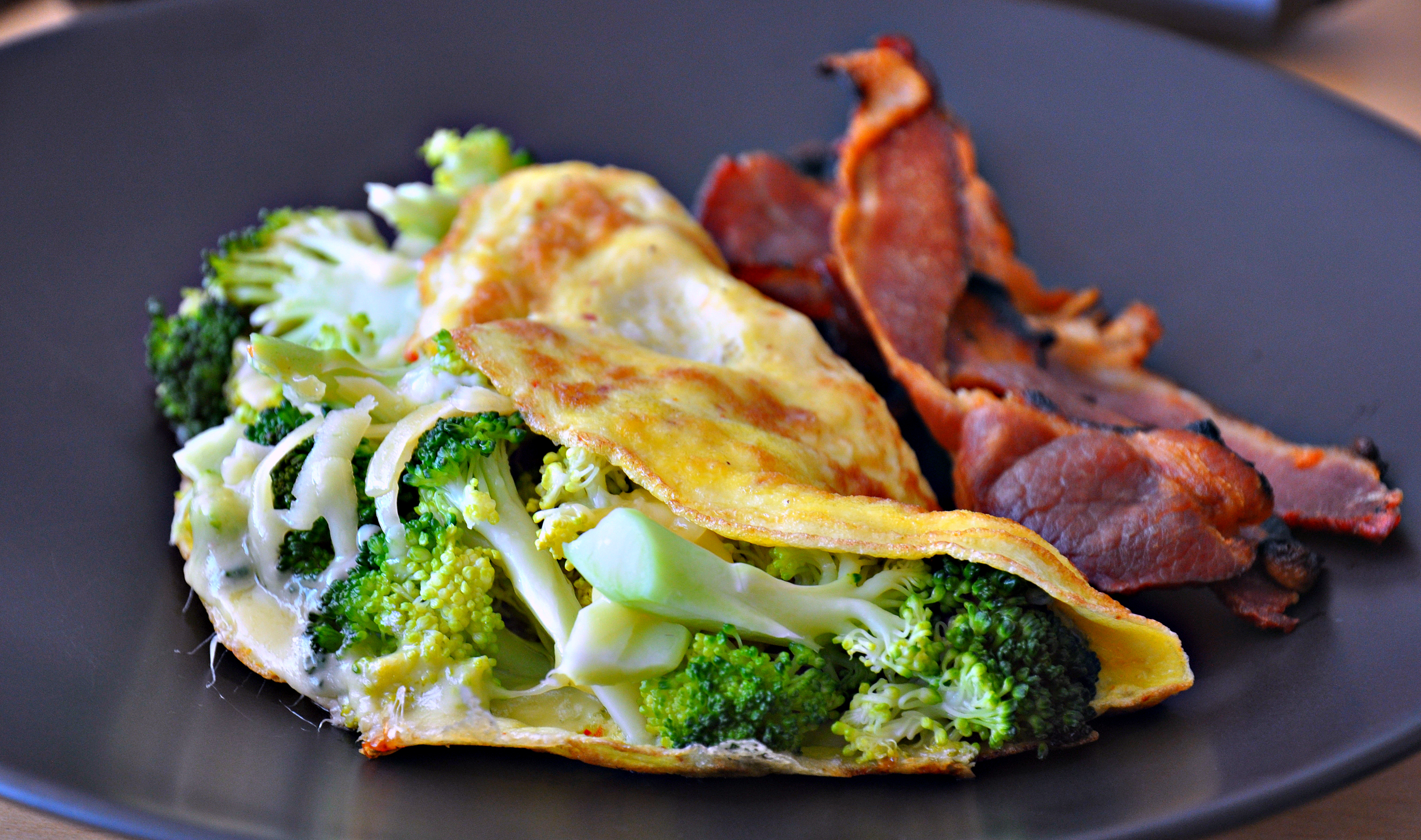 broccoli and cheese omelet recipe dishmaps. Black Bedroom Furniture Sets. Home Design Ideas